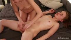 Hairy brunette teen babe Marketa underwater swimming Thumb