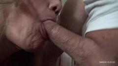 Hottest underwater sea erotic movements of Kasandra Lufi Thumb
