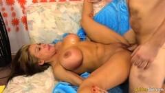 Naughty Amateur Girlfriend Masturbates In The Kitchen Thumb