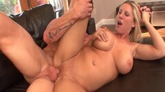Sexy Anikka Albrite loves to fuck Thumb